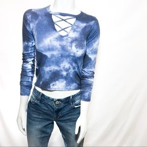HOLLISTER Long Sleeve Crewneck Crop Top